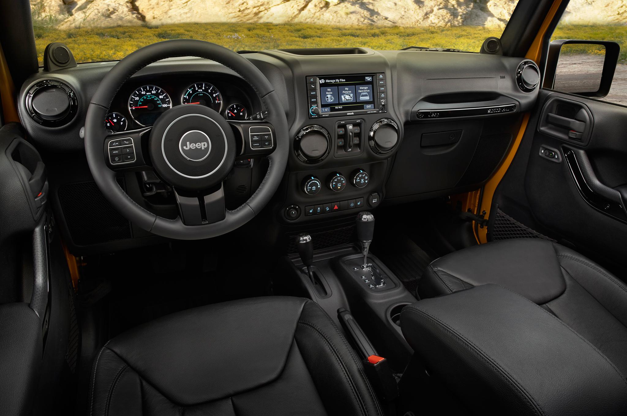 jeep-wrangler-2014-interior-wallpaper-7