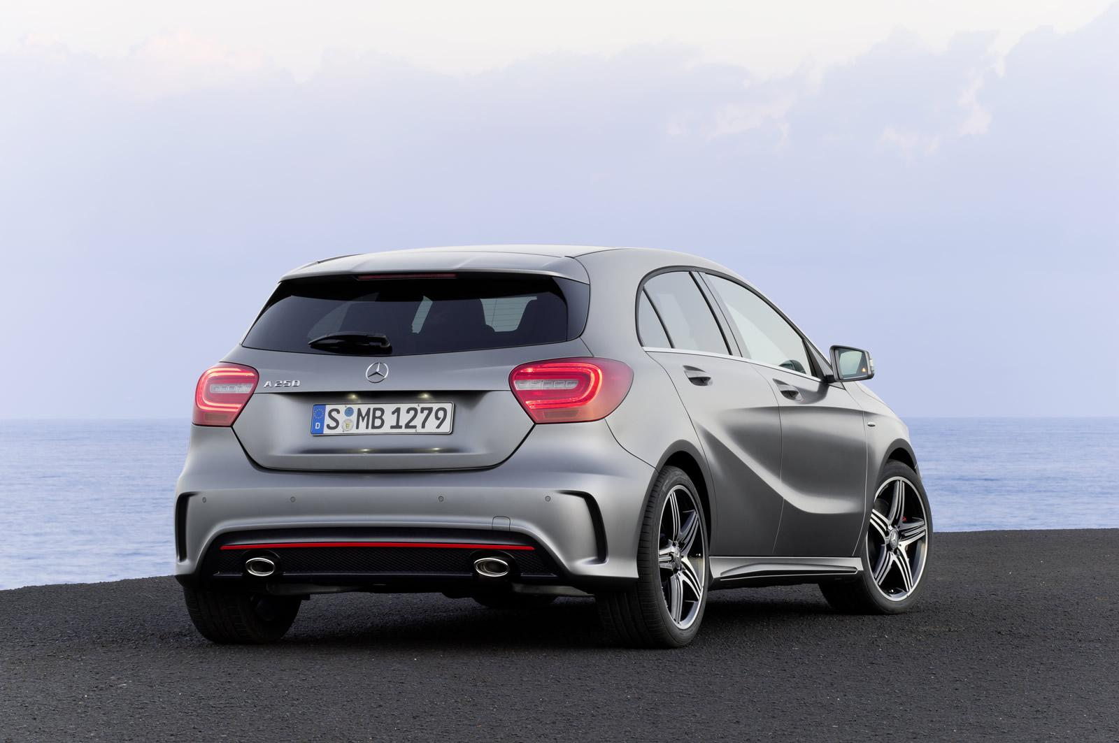 mercedes-a-class-1600x1063-4-awesome-car-image